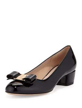 Vara 1 Patent Bow Pumps, Nero by Salvatore Ferragamo