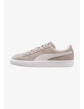 Classic    Sneakers by Puma