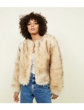 Cream Faux Fur Cropped Collarless Jacket by New Look