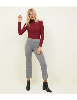 Black Check Cropped Kick Flare Trousers by New Look
