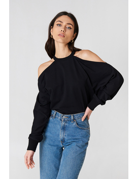 Cut Out Shoulder Sweatshirt by Na Kd