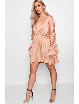 Plus Satin Ruched Plunge Neck Skater Dress by Boohoo
