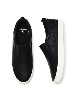 Wrogn Men Black Slip On Sneakers by Wrogn
