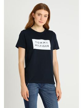Lenny Tee   T Shirt Print by Tommy Hilfiger