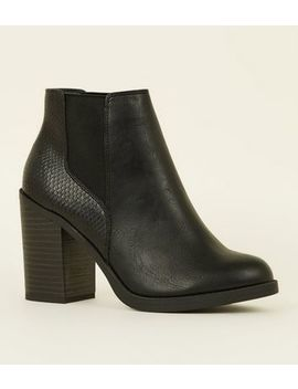 Black Faux Snakeskin Back Block Heel Boots by New Look