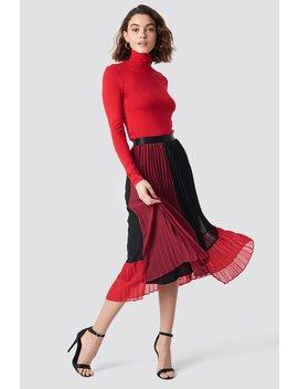Plissa Skirt by Na Kd