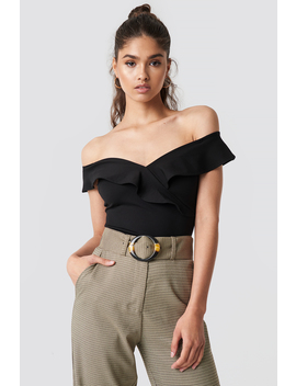 Off Shoulder Frill Top by Na Kd