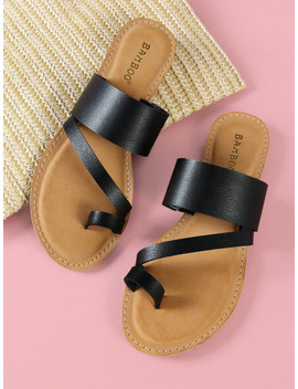 Asymmetrical Band Slide Sandal With Toe Ring by Sheinside
