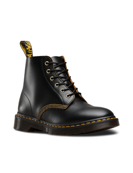 101 Vintage Smooth by Dr. Martens