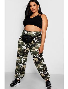 Plus Camo Cargo Trouser by Boohoo