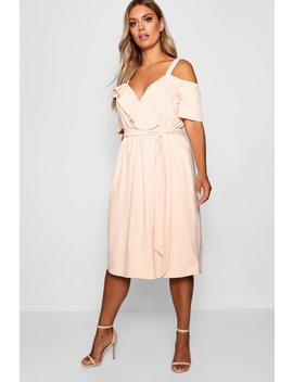 Plus Plunge Ruffle Contrast Belt Midi Dress by Boohoo