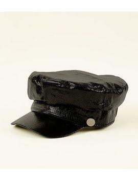 Black Faux Snakeskin Baker Boy Hat by New Look