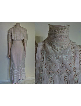 "Enchanting Edwardian Afternoon Dress W/Lace Banding, High Necked Collar Waist 22"" by Ukcharmvintage"