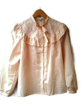 Vintage 70s 80s Blouse Ruffle Pusyy Bowtie Cream Peach Button Up 80s Goes Edwardian Blouse Size 38 by Virtage Vintage