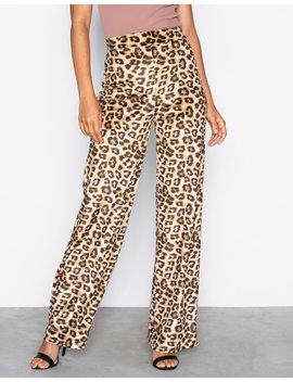 Velvet Leo Pants by Nly Trend