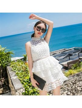 Sleeveless Tiered A Line Lace Dress by Waltzer