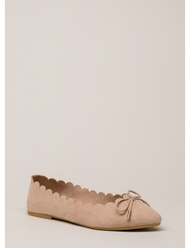 Bow My Goodness Scalloped Flats by Go Jane
