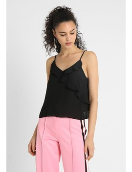 Selena Singlet   Top by Gina Tricot