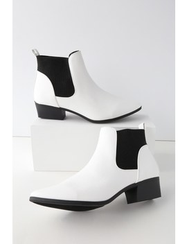 Claude White Pointed Toe Ankle Booties by Lulu's