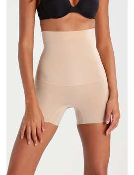 Shape My Day    Shapewear by Spanx