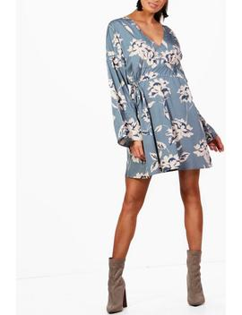 Double Ruched Waist Skater Dress by Boohoo