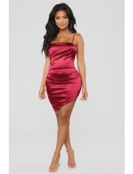 Feelin' My Best Dress   Wine by Fashion Nova