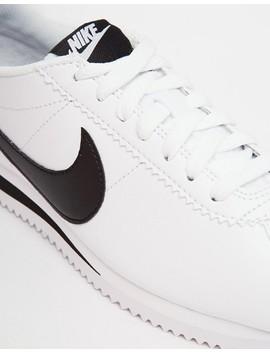 Zapatillas De Deporte Blancas Con Acabado En Cuero Cortez De Nike by Asos