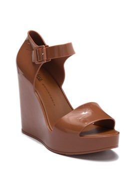 Mar Platform Wedge Sandal by Melissa