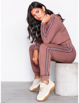 Striped Crop Hoodie Set by Nly Trend