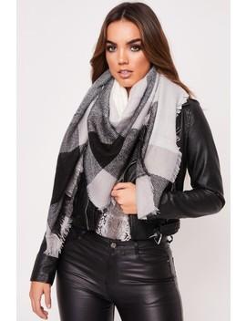 Hattie Grey Knitted Scarf by Misspap