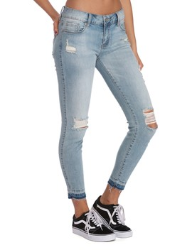 Final Sale  No Limit Distressed Skinny Jeans by Windsor