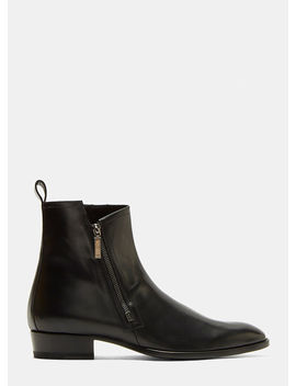 Wyatt 30 Zip Leather Boots In Black by Saint Laurent