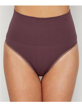 Seamlessly Shaped Thong by Yummie