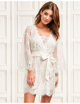 Gigi Galloon Lace Robe by Figleaves