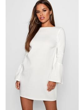 Petite Molly Plunge Back Flute Sleeve Shift Dress by Boohoo