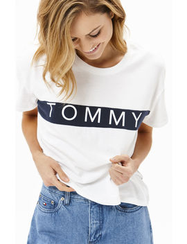 Bold Logo T Shirt by Tommy Jeans