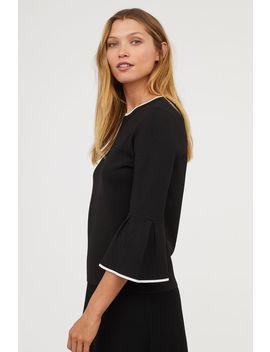 Pullover Mit Volantärmeln by H&M