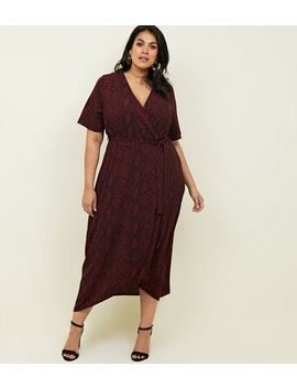 Curves Red Snakeskin Print Dip Hem Midi Dress by New Look