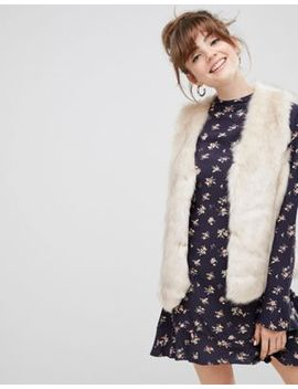 New Look Faux Fur Gilet In Cream by New Look