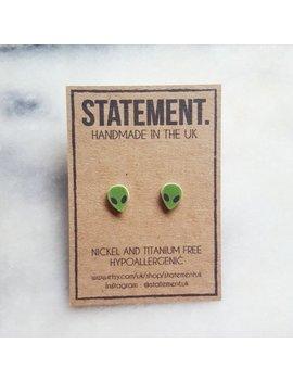 Green Alien Head Stud Earrings   1 Pair by Statement Uk