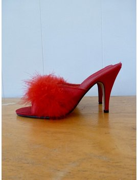 Vintage Fredericks Of Hollywood Marabou Slippers Feather Valentine Red Sexy Pin Up Mules Heels 8 by Vintage Chinchilla