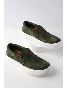 Gills Camouflage Flatform Sneakers by Steve Madden