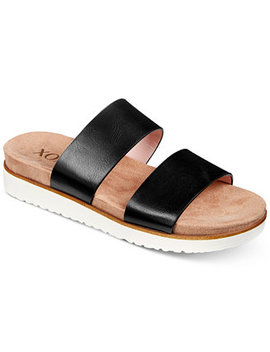 Dylan Flat Sandals by Xoxo