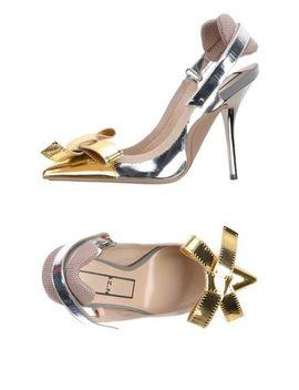 N° 21 Pump   Footwear by N° 21