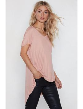 Hot On The Trail High Low Tee by Nasty Gal