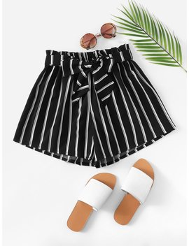 Belted Detail Striped Shorts by Romwe