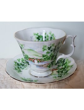 Royal Albert Emerald Inseln Tasse Und Untertasse by Bramblychina