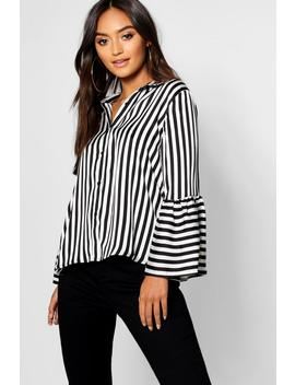 Petite Stripe Bell Sleeve Shirt by Boohoo