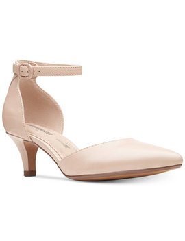 Collection Women's Linvale Edyth Pumps by Clarks