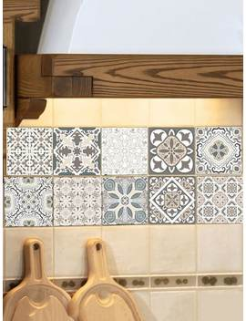 Zufälliger Keramik Fliesen Aufkleber Mit Symmetrischem Muster 1pc by Sheinside